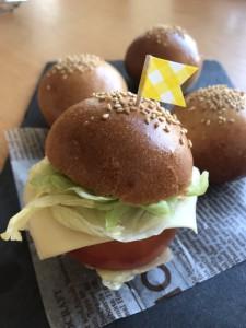 7月ハンバーガー画像